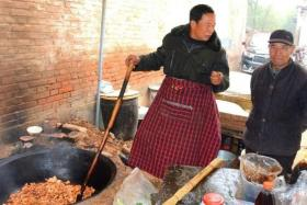 如风营销:路边美食——大锅菜