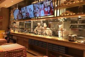 如风营销:饭店厨房直播生意好(开店系列106)